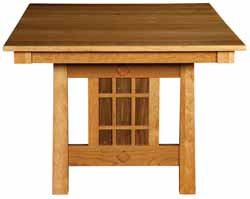 Armani Amish trestle table end view