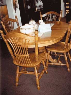 Amish Made Single Pedestal Oval Table